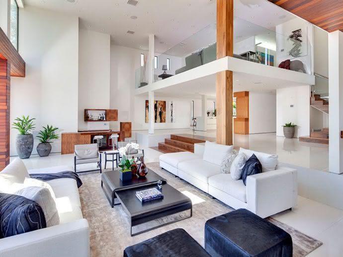 50 mezaninos decorados para voc se inspirar fotos for Casa moderna con soppalco
