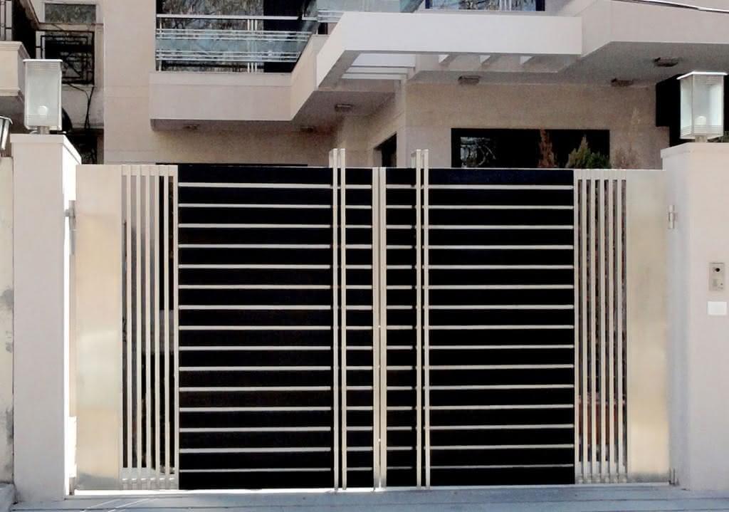 Linhas verticais e horizontais marcam o estilo arquitetônico dessa residência.