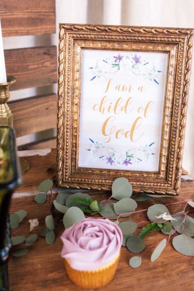 Eu sou uma criança de Deus: que tal espalhar mensagens inspiradoras em áreas estratégicas?