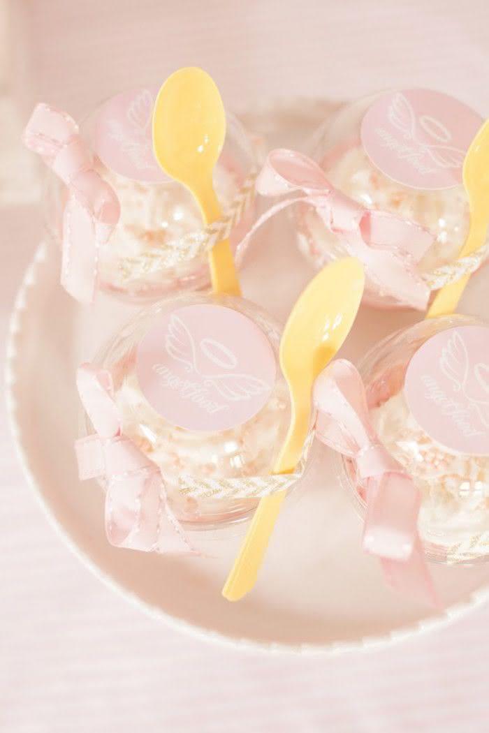A sobremesa pé de anjo é uma excelente pedida!