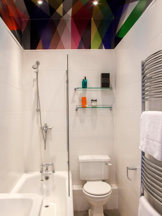 100 Banheiros Simples e Pequenos Inspiradores  Fotos -> Decoracao De Banheiro Com Azulejos Antigos