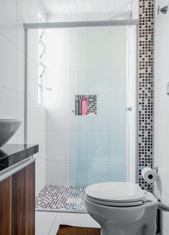 100 Banheiros Simples e Pequenos Inspiradores  Fotos -> Nicho De Banheiro Barato