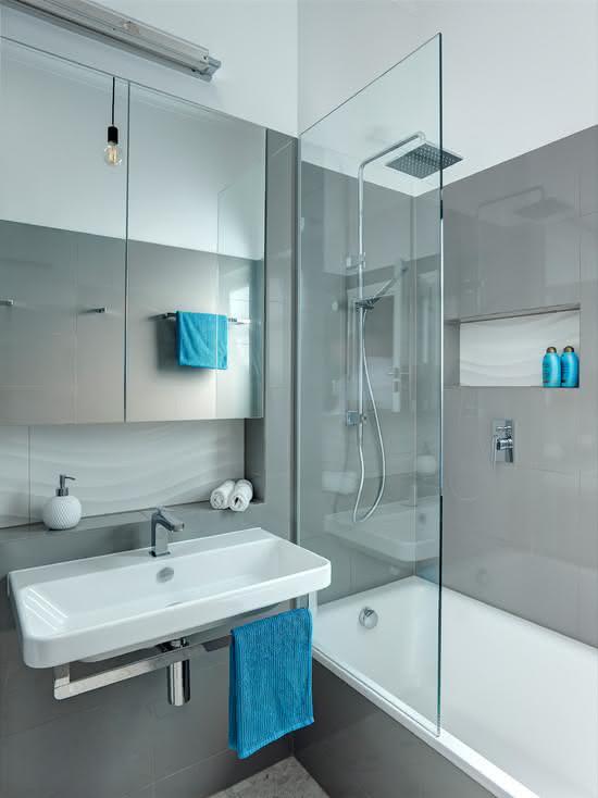 100 Banheiros Simples e Pequenos Inspiradores  Fotos -> Decoracao De Banheiro Pequeno Cinza