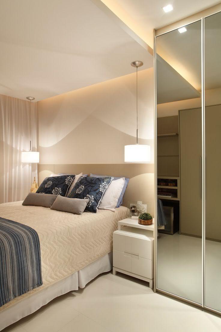95 quartos de casal pequenos e simples decorados for Mobilia quarto casal custojusto