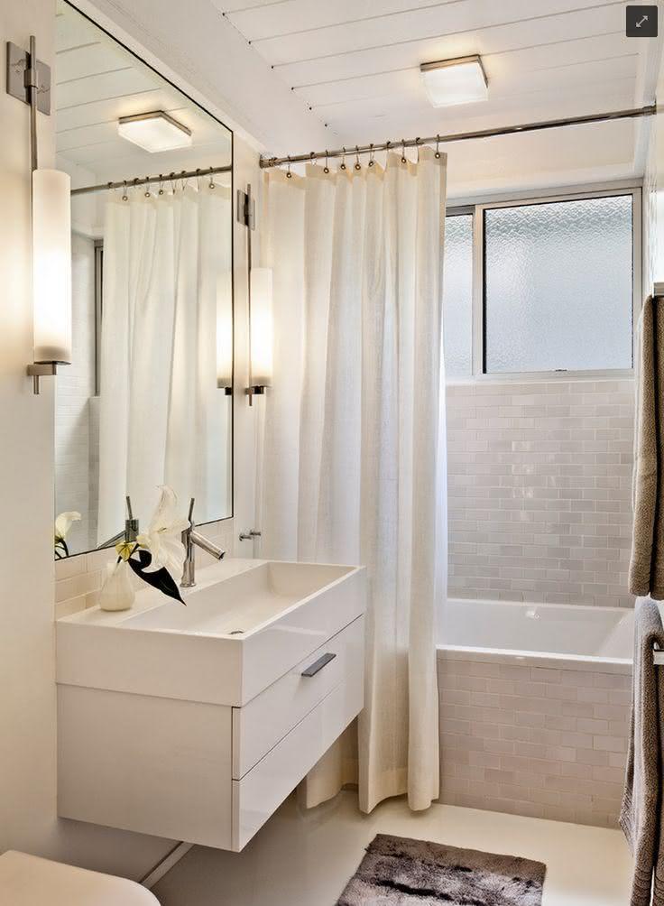 50 banheiros simples e pequenos inspiradores fotos for Small full bath designs