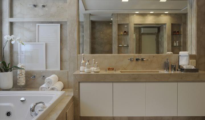 50 ambientes com m rmore travertino como revestimento for Color marmol travertino