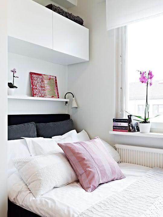 Encoste a cama na parede para ganhar mais espaço