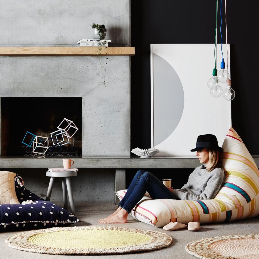 Tapete em crochê moderno e colorido
