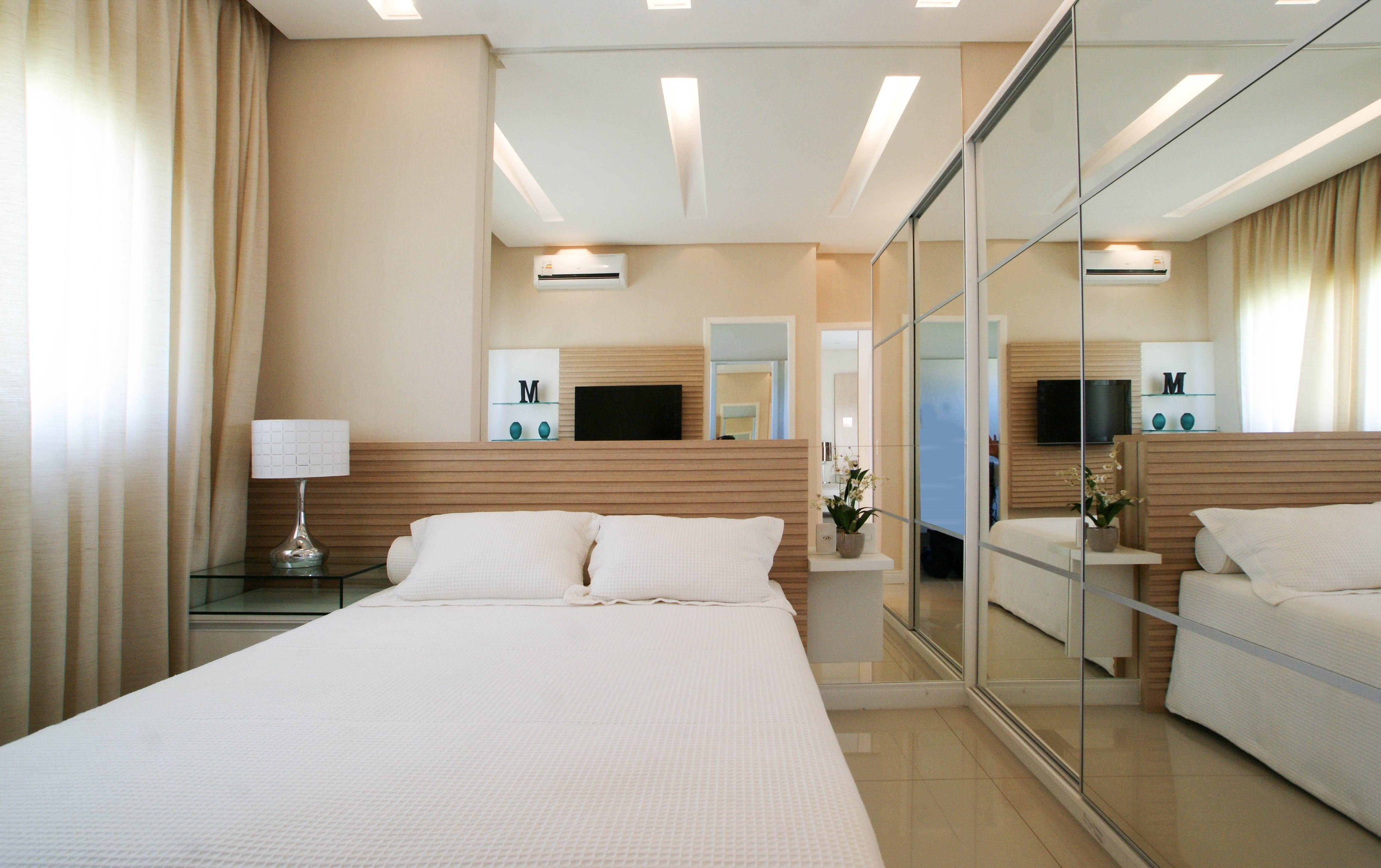 Imagem 94 –Projeto de um quarto de casal pequeno com uma decoração  #624C31 4592 2886