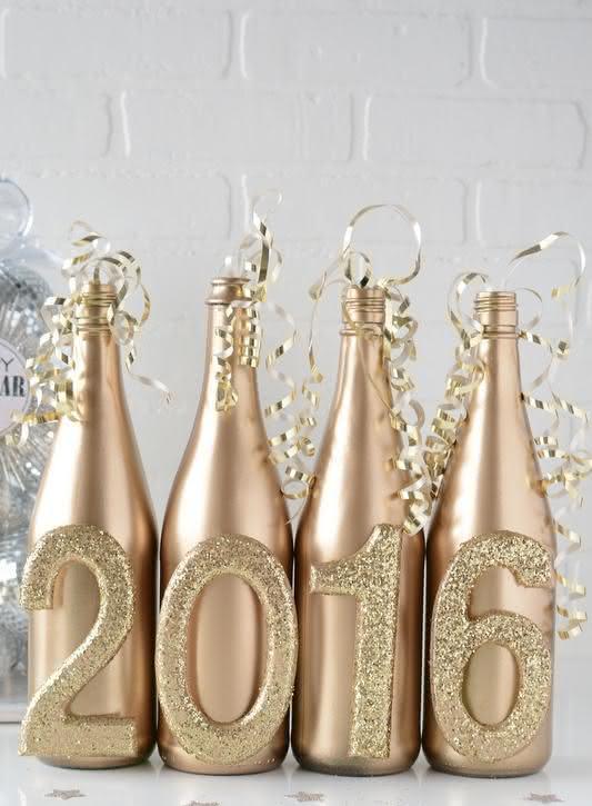Recicle suas garrafas fazendo dele um item decorativo criativo para a festa