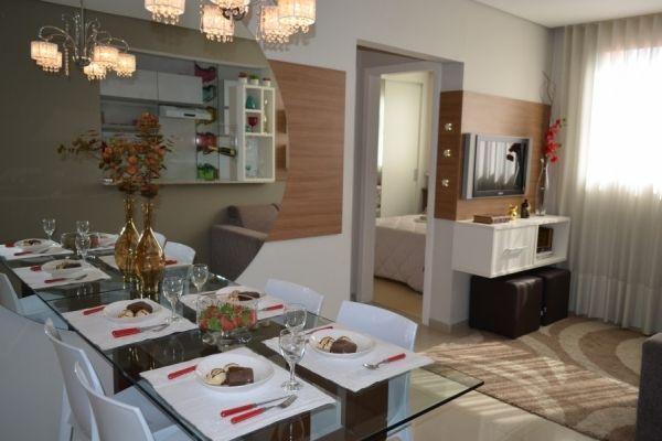 50 Salas de Jantar com Espelhos Lindas e Inspiradoras -> Decoração De Sala De Jantar Com Espelho Redondo