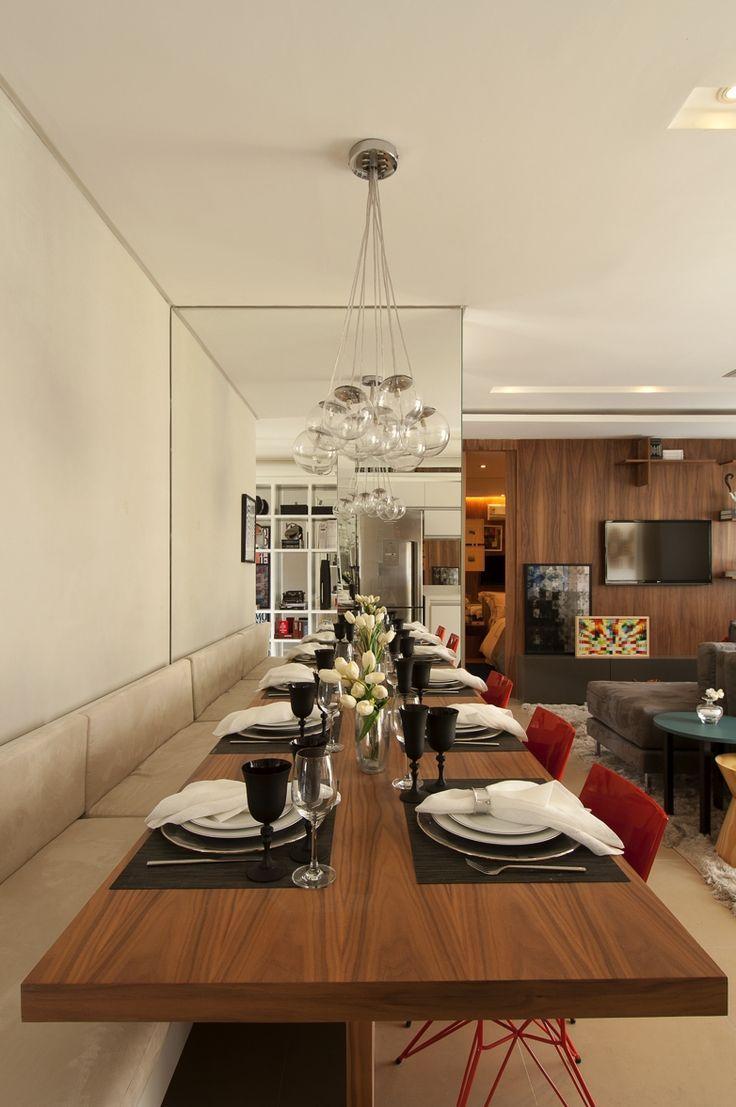 50 Salas De Jantar Com Espelhos Lindas E Inspiradoras -> Modelo De Sala Pequenas Com Espelho E Aparador