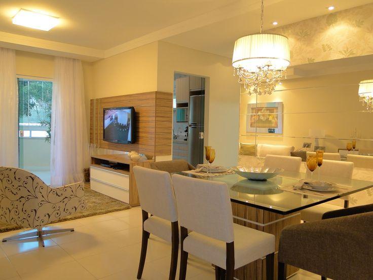 50 salas de jantar com espelhos lindas e inspiradoras for Chimeneas en apartamentos pequenos