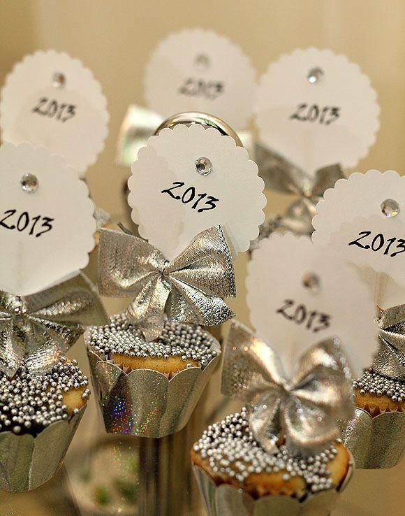 Cupcake decorado para festa de Reveillon