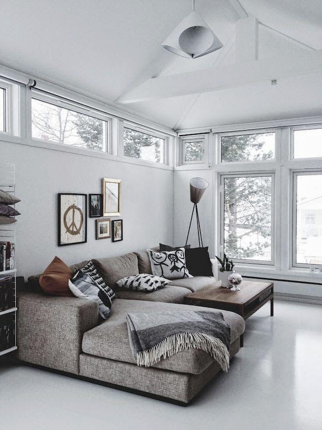 A escolha desse tecido e a cor combinaram com a proposta da sala que possui um ar mais rústico.