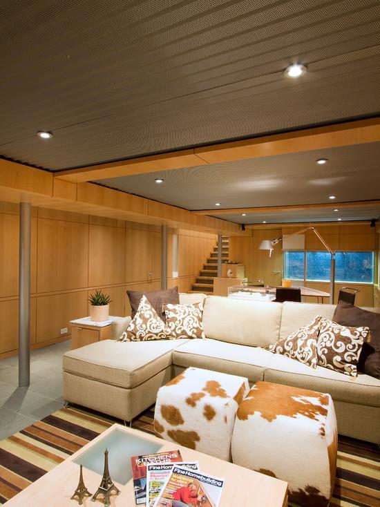 Contraste perfeito com a tonalidade da madeira e o aquário.