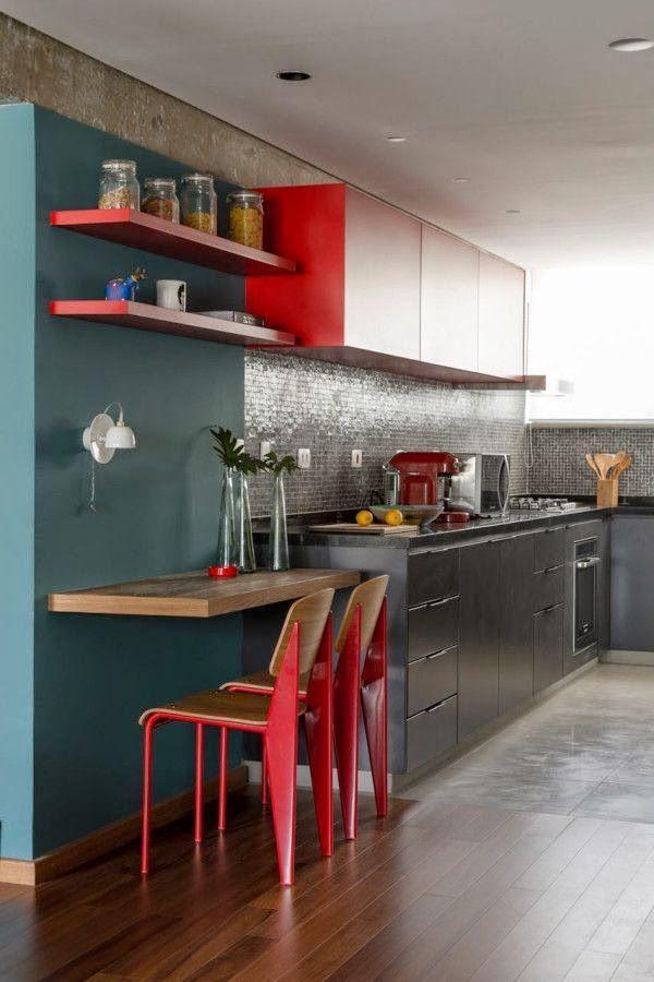 Para quem gosta de um estilo jovial essa é uma ótima ideia para uma cozinha com decoração vermelha