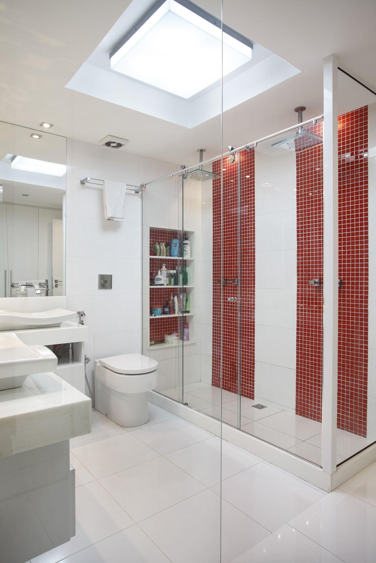 50 Banheiros Decorados com Pastilhas (melhores fotos!) -> Decoracao De Banheiro Vermelho E Branco