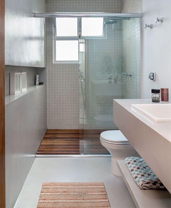Nesse banheiro a proposta foi manter a decoração neutra sem abrir mão da modernidade.