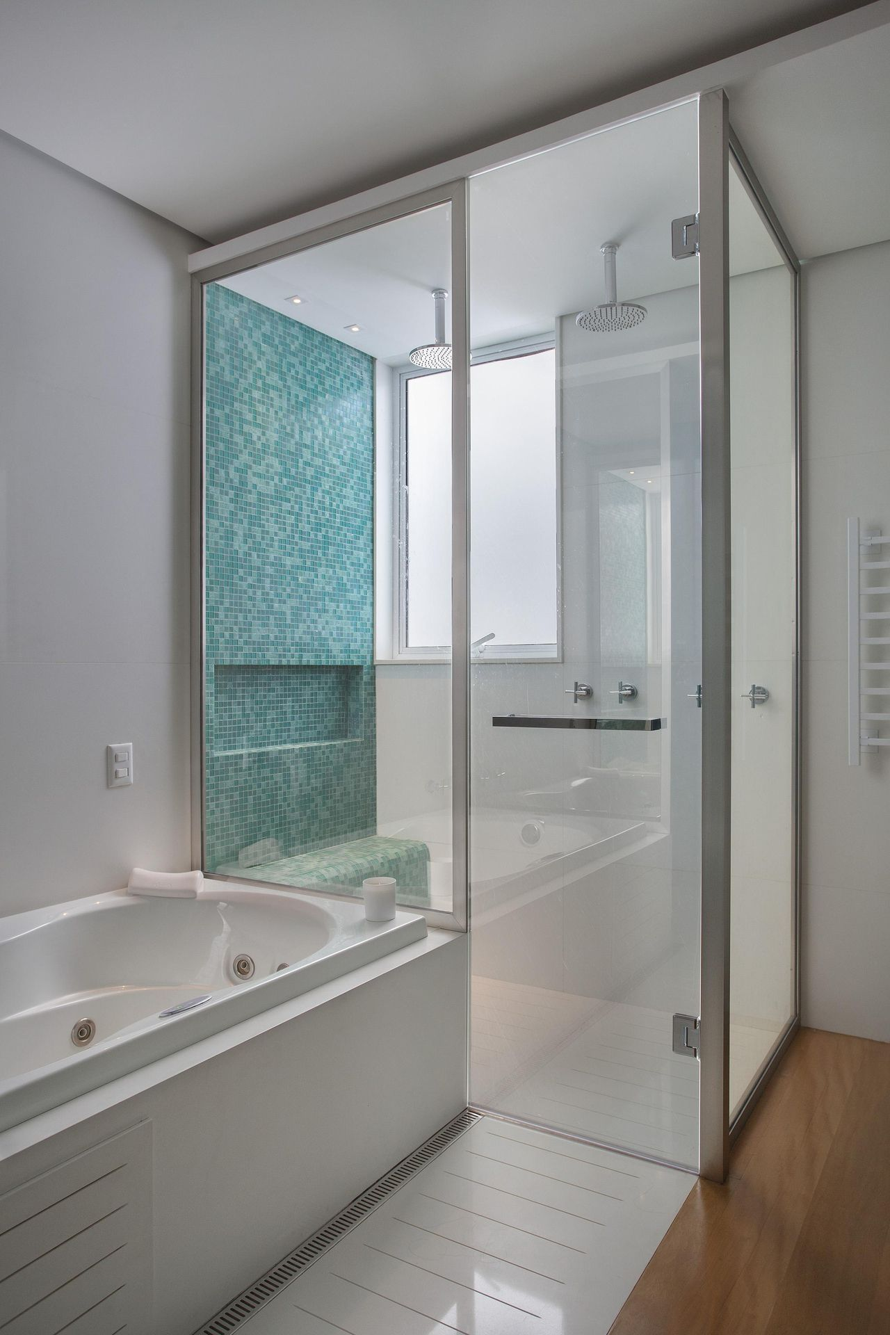 50 Banheiros Decorados com Pastilhas (melhores fotos!) -> Banheiro Com Revestimento Tipo Pastilha