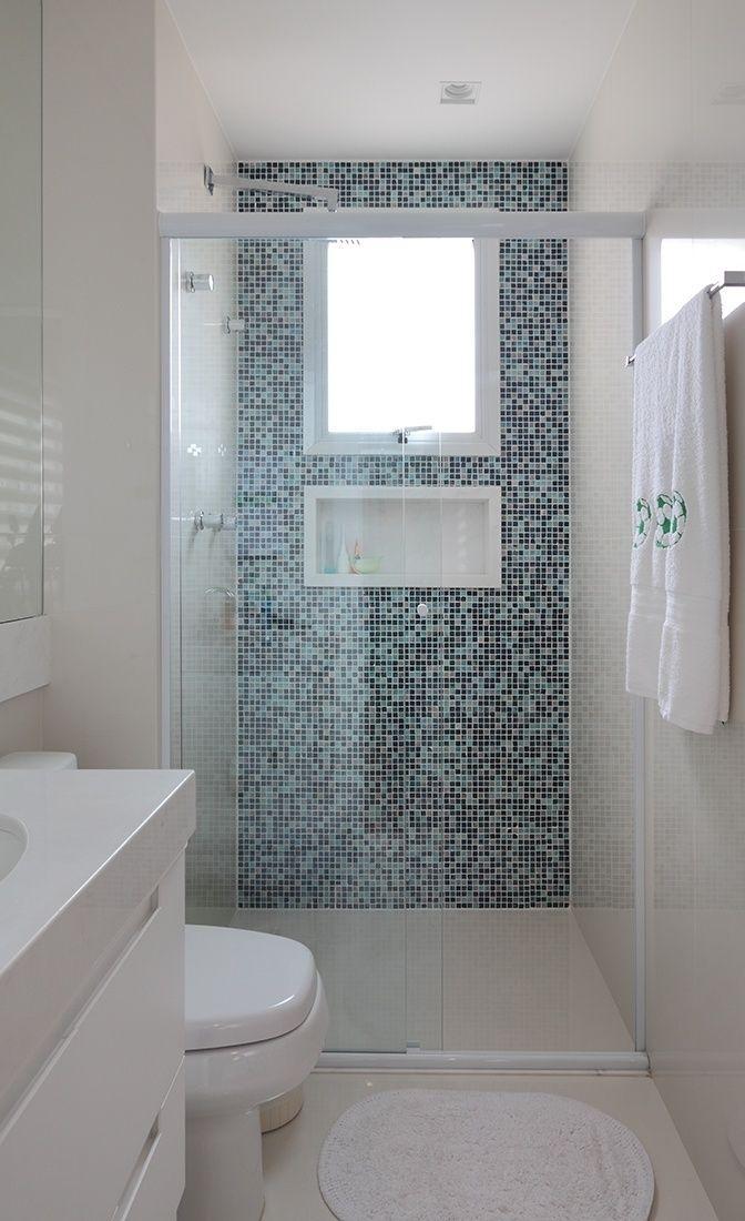 Banheiros decorados com pastilhas simples