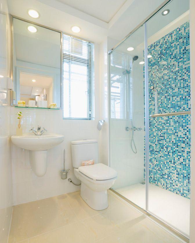 50 Banheiros Decorados com Pastilhas (melhores fotos!) -> Banheiro Com Pastilha Na Parede Do Chuveiro