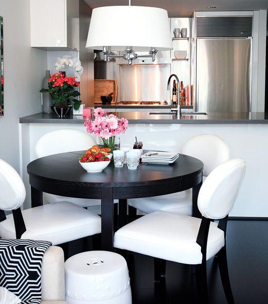 Sala De Jantar Pequena Branca ~  22 – Se for optar por mesa redonda, sempre escolha a de 4 lugares