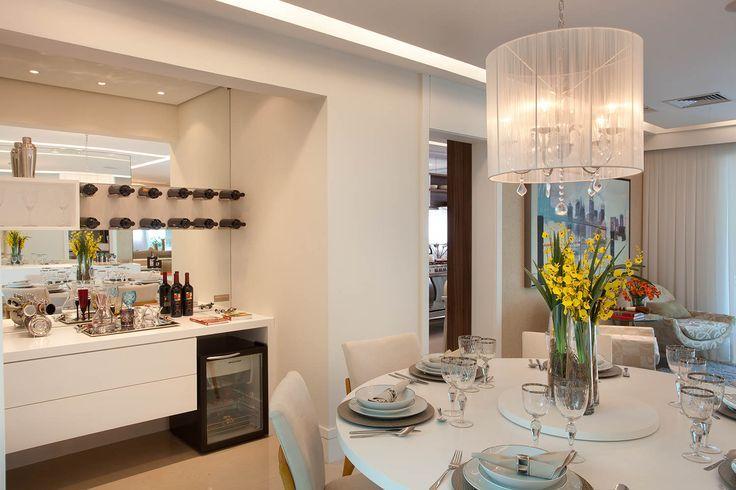 Tamanho De Uma Sala De Jantar Grande ~  composição dessa parede é ideal para uma sala de jantar com buffet