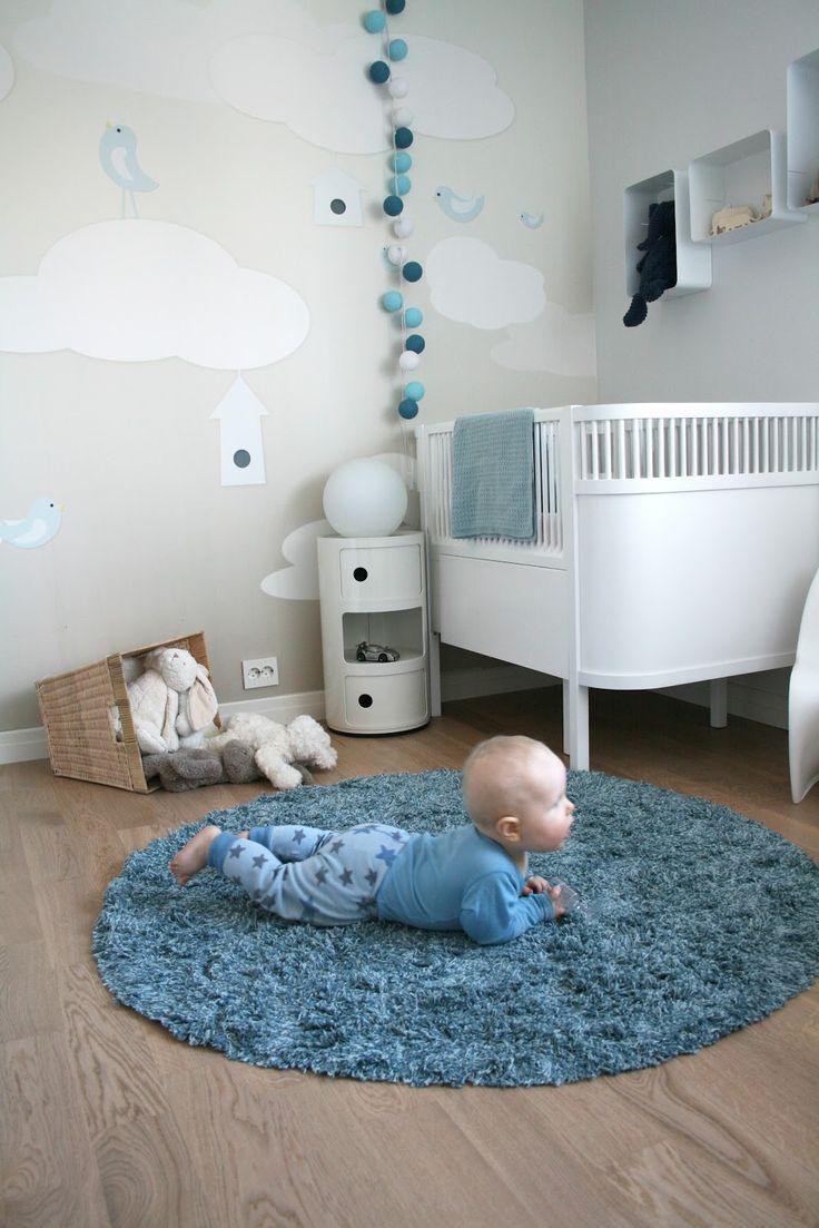 Para quem possui um piso frio é recomendado inserir um tapete