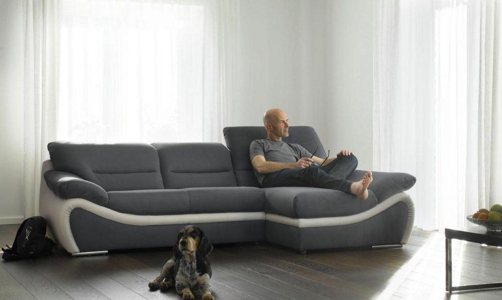 75 sof s com chaise em salas de estar fotos for Sofas cheslong pequenos