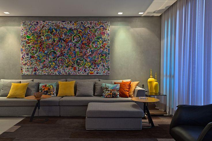 Decoracao De Sala De Tv Com Sofa Cinza ~ Imagem 46 – Para decorar que tal um quadro amplo na sua parede?