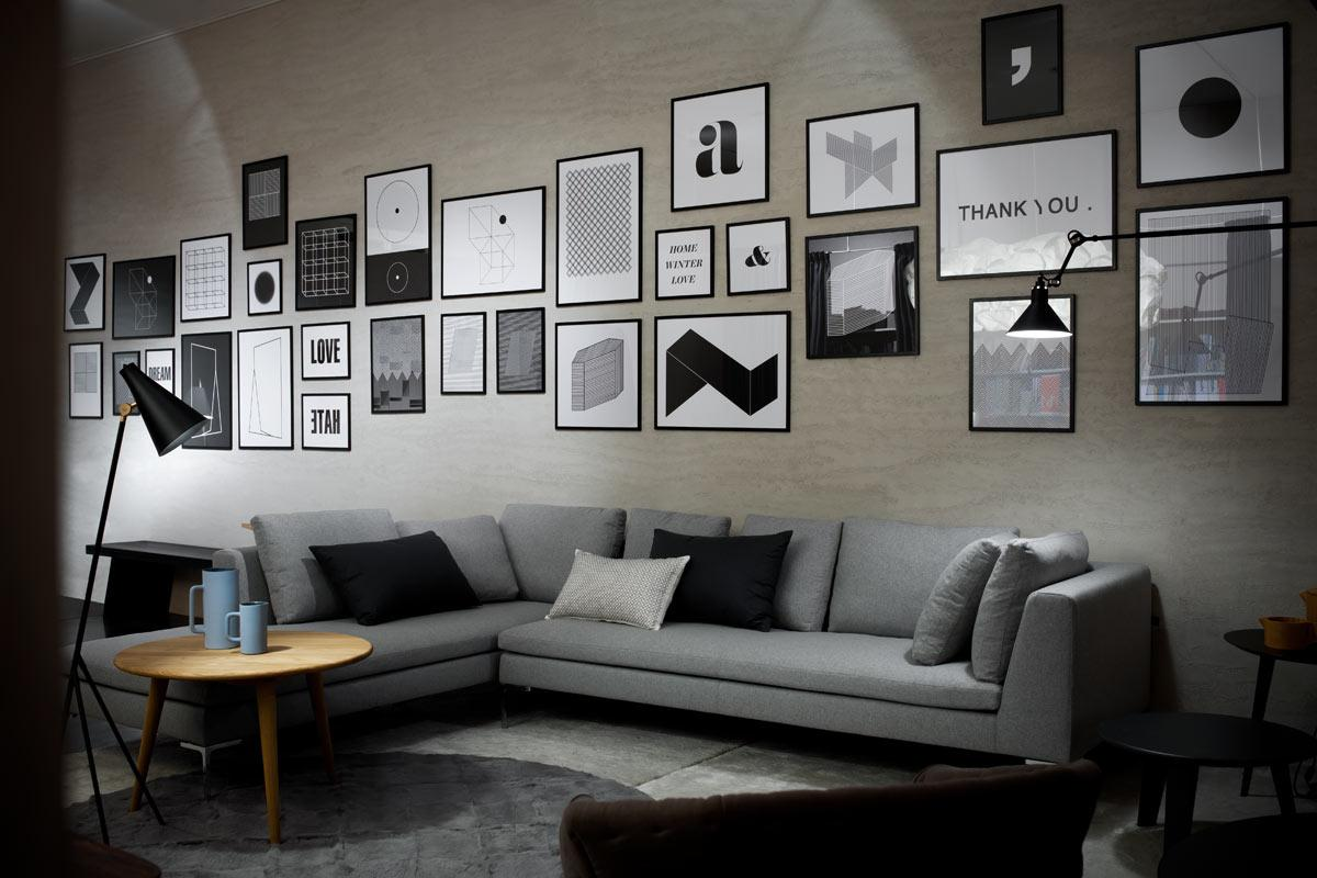 #886E43 Imagem 50 – Faça uma composição de quadros para decorar sua sala. 1200x800 píxeis em Decoração De Sala De Jantar Com Parede Cinza