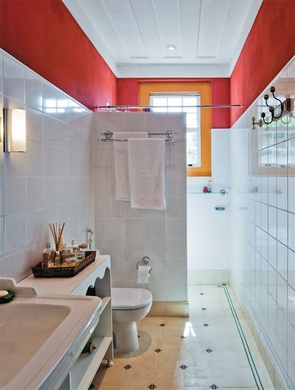 60 Banheiros Vermelhos Lindos para se Inspirar -> Banheiros Simples Pintados