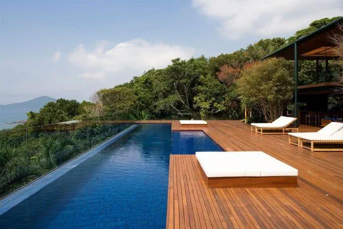 piscina com borda infinita como funciona e 70 projetos