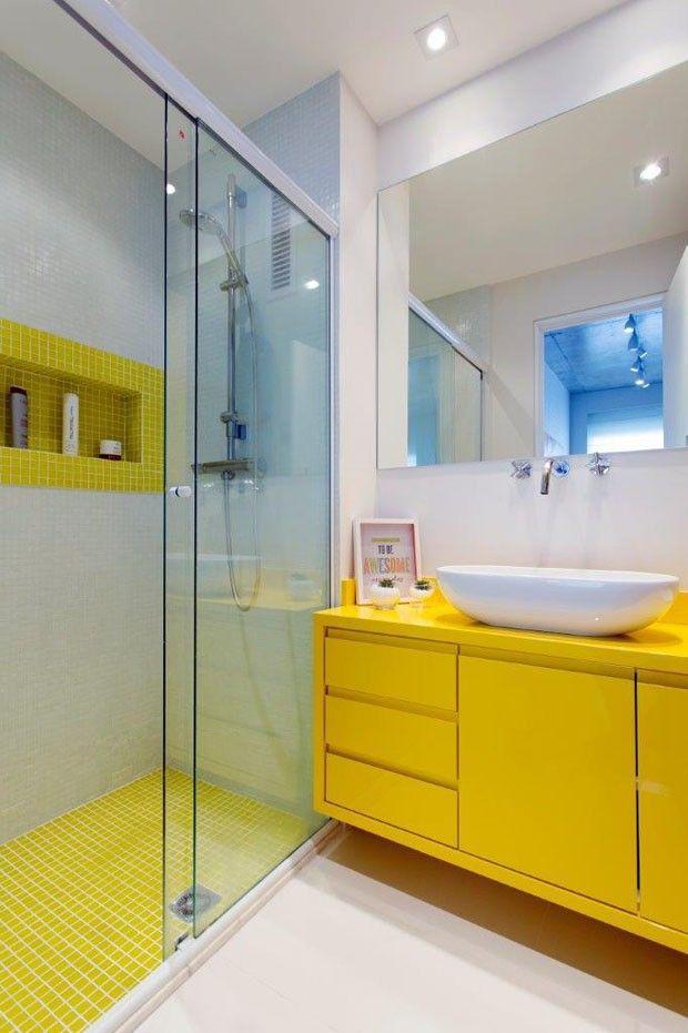 60 Banheiros Amarelos Decorados  Fotos Lindas! -> Banheiro Simples Com Pastilhas Roxas