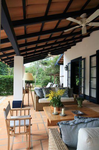 60 fotos de decora o com estilo colonial - Sofas estilo colonial ...