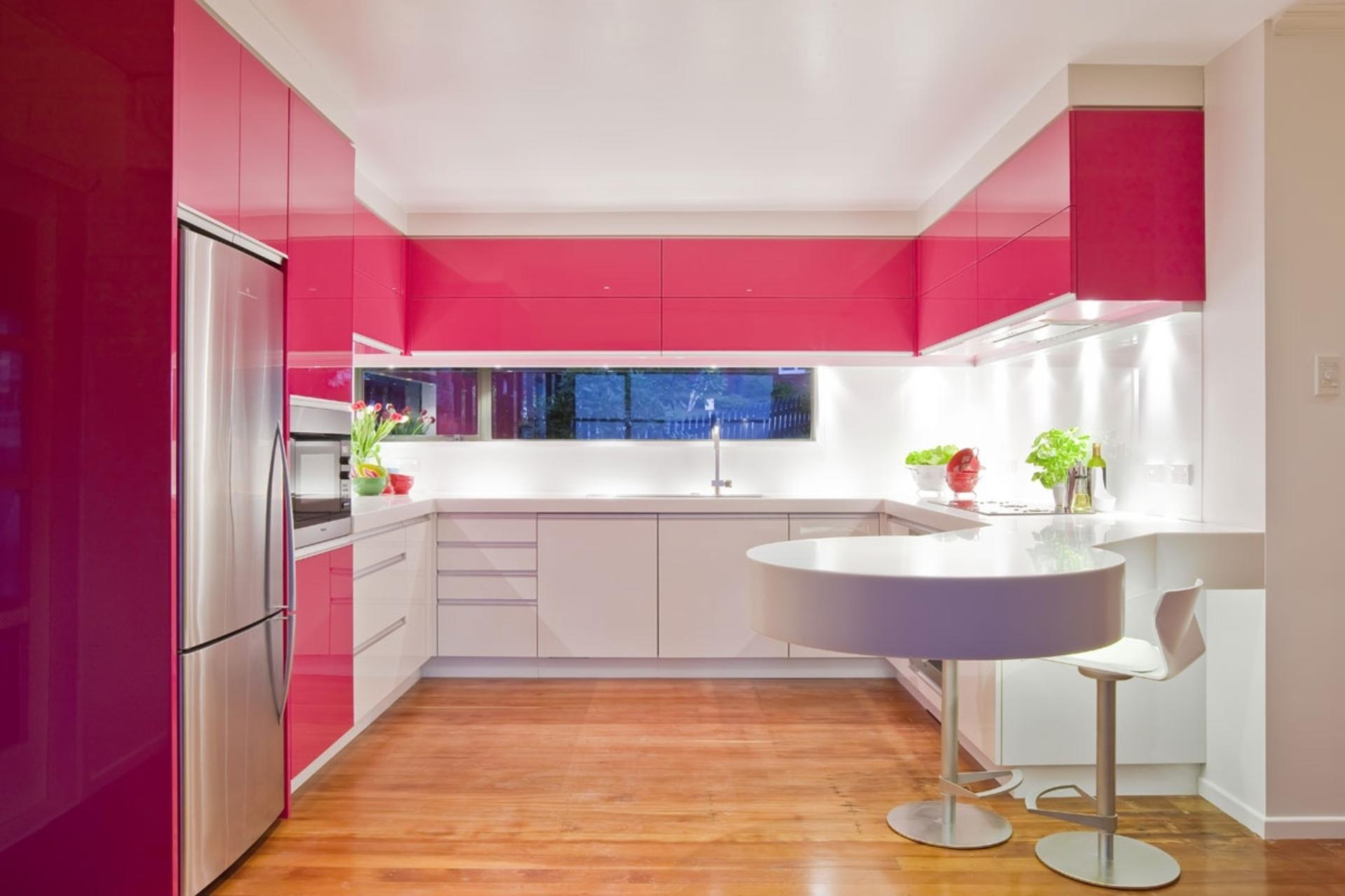 Resultado de imagem para cozinhas cor de rosa