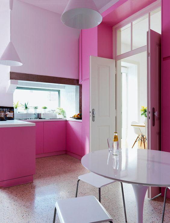 60 cozinhas rosas decoradas fotos incr veis for Cocinas de color rosa