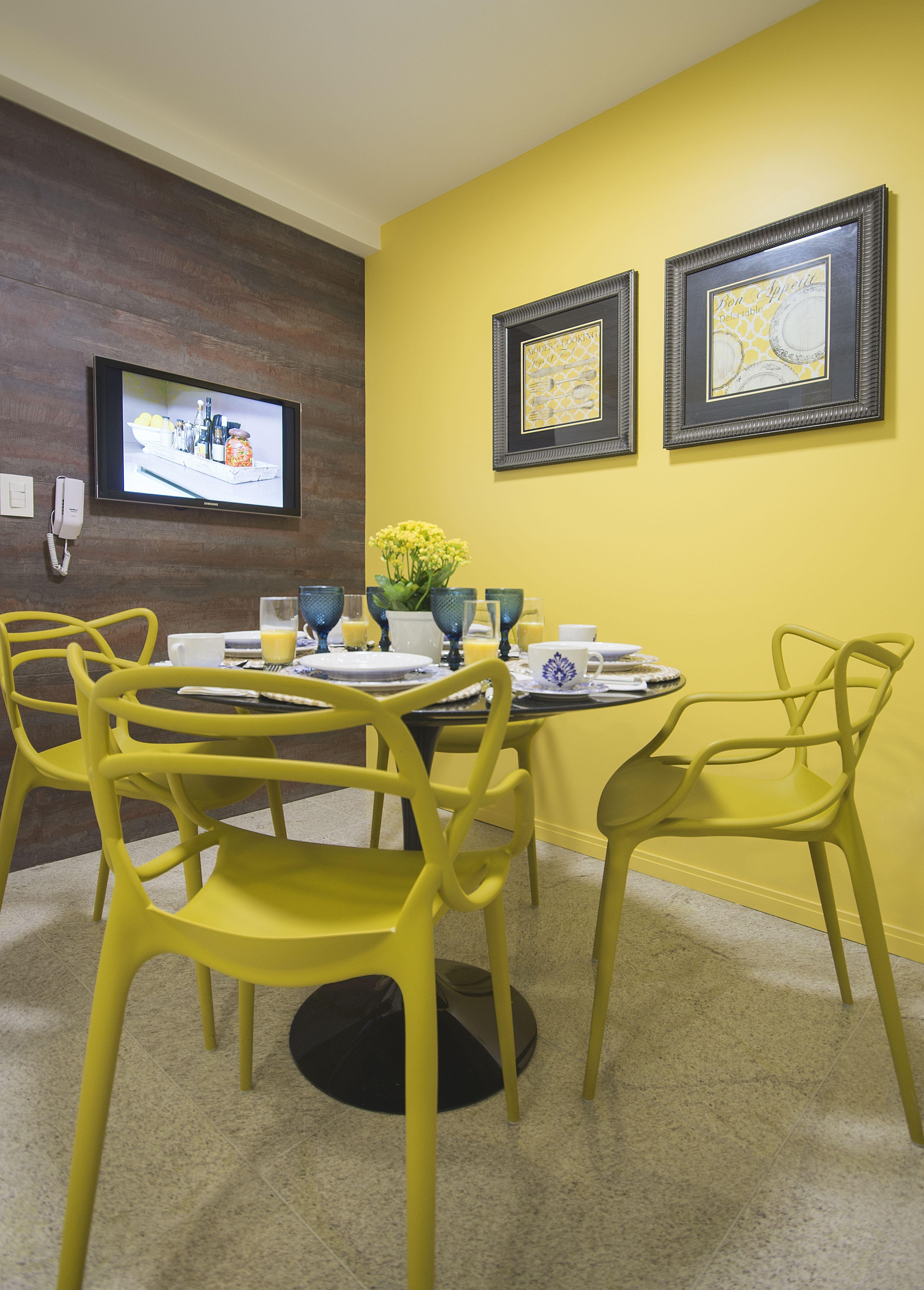 Paredes amarelas 60 inspira es para sua decora o for Pintura de paredes interiores fotos