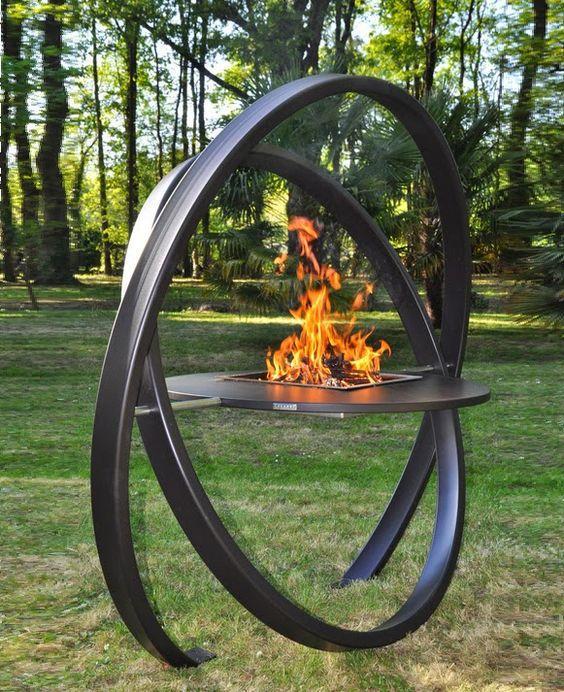 Churrasqueira em forma de escultura