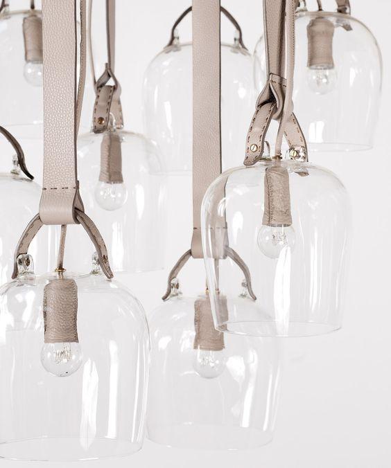 Luminárias com pendentes em couro