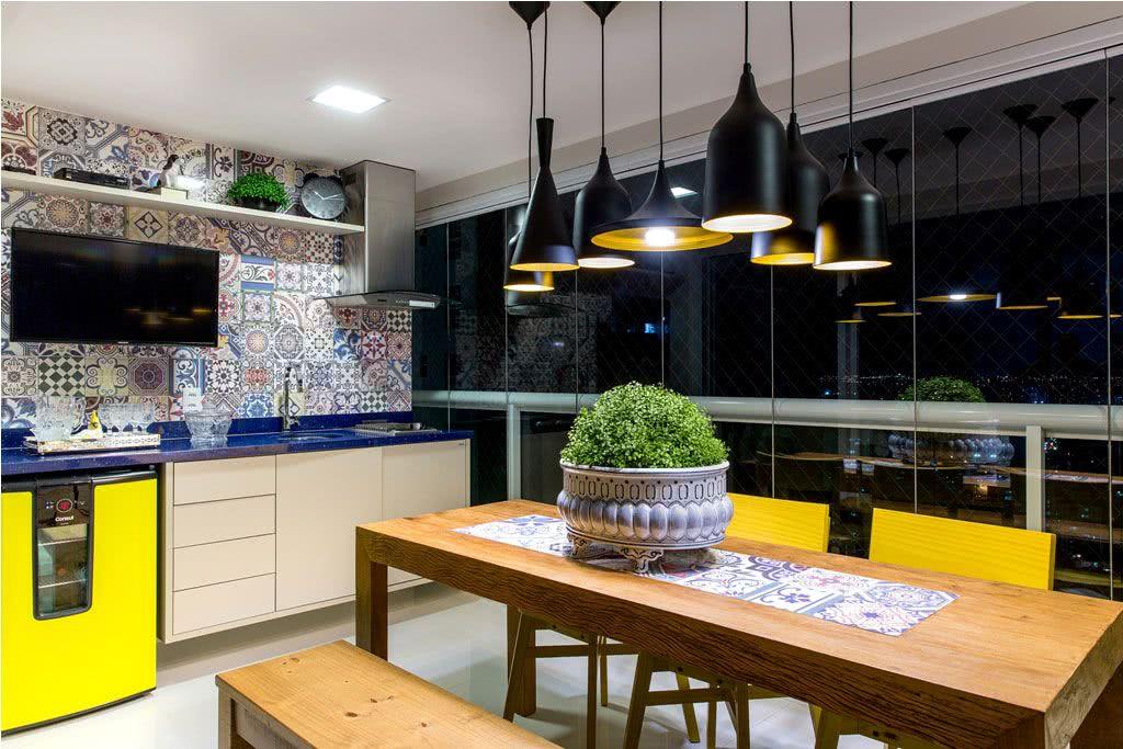 Proposta com revestimento em azulejo português