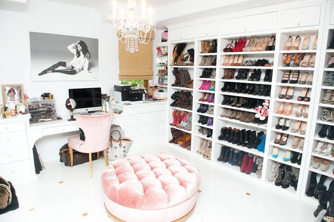 Um closet bem feminino