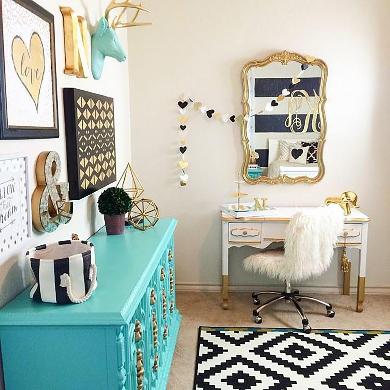 Imagem 42 – Estante com design retrô para seu quarto #338D95 1350x1350 Banheiro Azul Tiffany