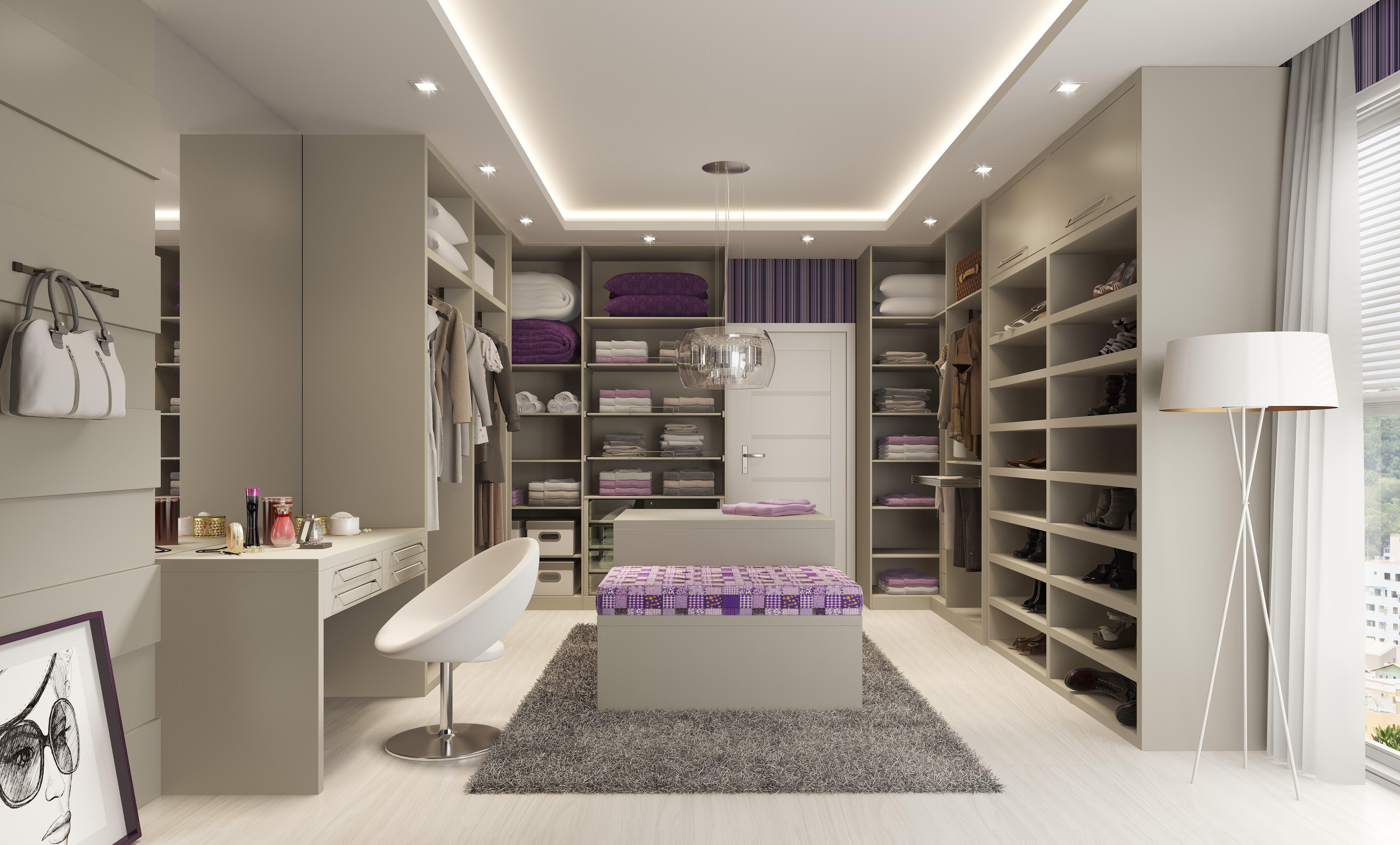 Esse espaço separado do quarto deu lugar a um closet organizado e com direito a uma penteadeira particular
