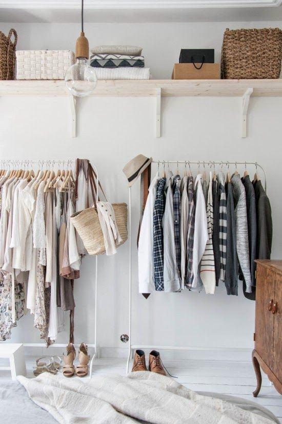 Closet com cabideiro