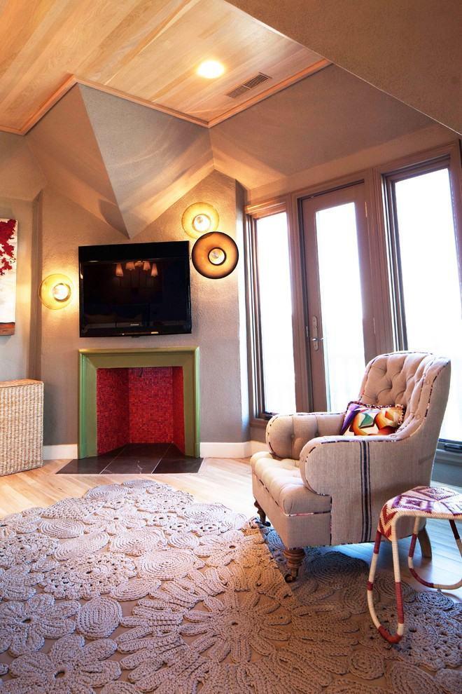 Grande modelo de tapete de crochê moderno para se usar em uma sala de estar