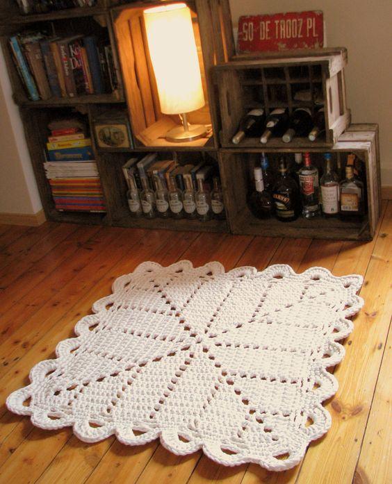 Exemplo de tapete de crochê quadrado simples