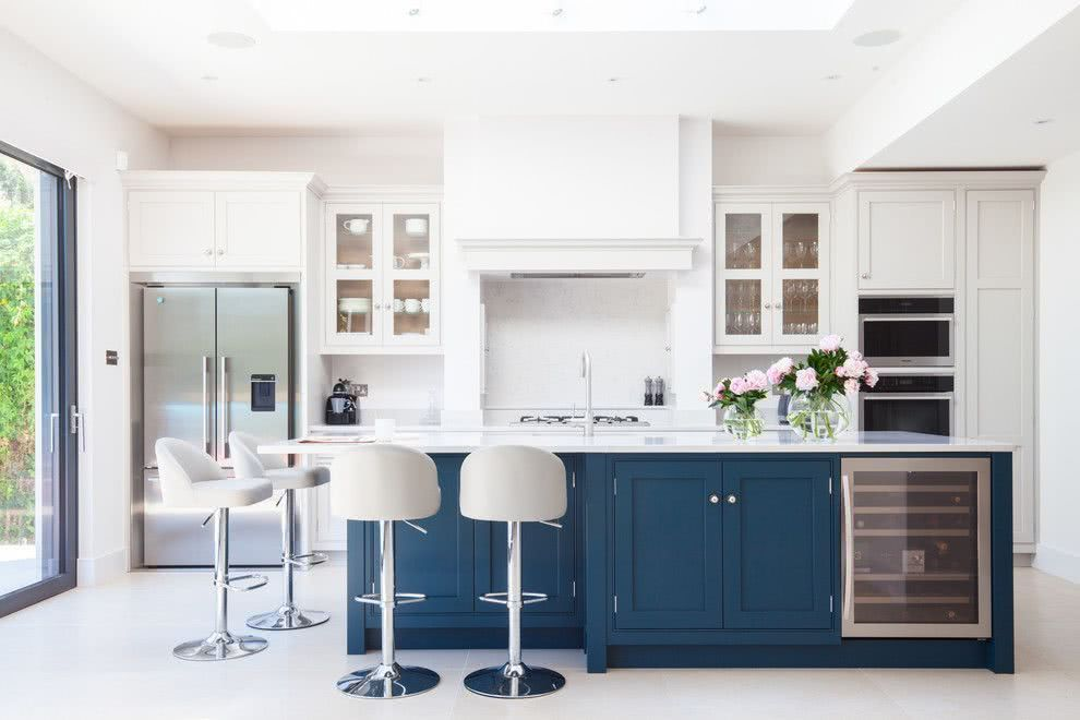 Chalk Paint Finishes For Cabinets