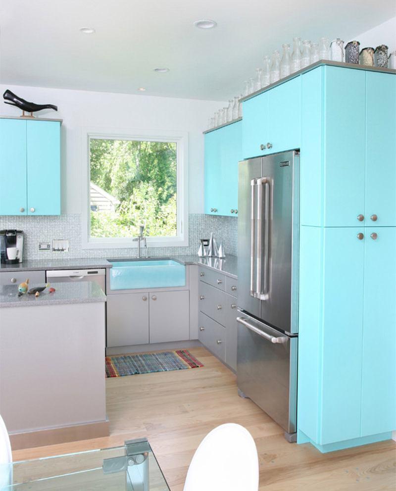 Cozinha com decoração azul Tiffany